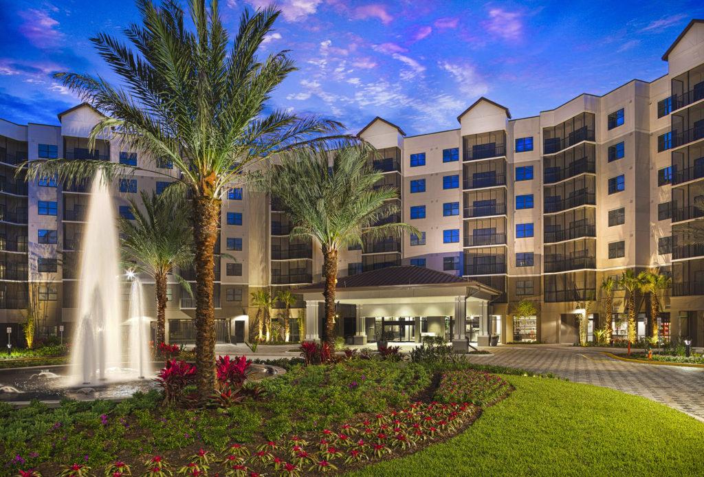 Grove_Resort_Hotel_Rotunda - the grove resort orlando - homesbyrau